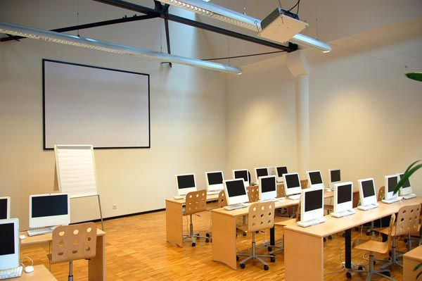 Classroom Design Theory : E learning and the theory of adjacent possible ken